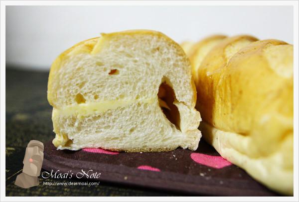【試吃】TOP王子洋公館新品‧瑞穗冰火牛奶麵包~冷熱都銷魂