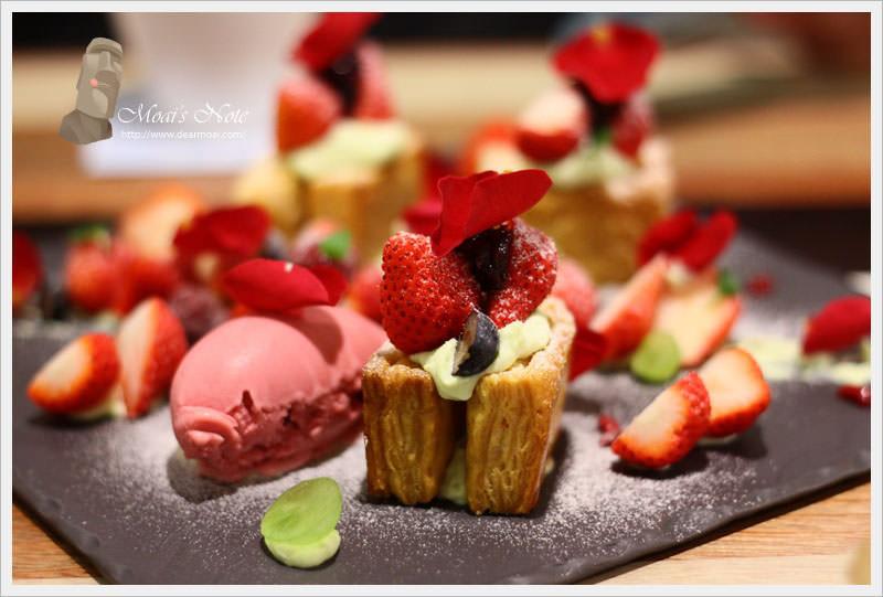 【台中市西區】小梗甜點咖啡 Terrier Sweets~期間限定草莓千層派是少女的愛
