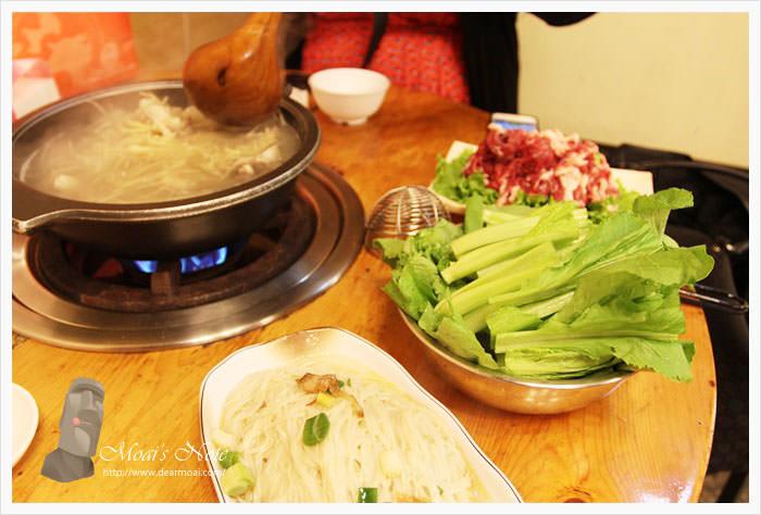 【北市中山區】林家蔬菜羊肉爐~湯頭溫潤輕甜然後溫體羊豪好吃