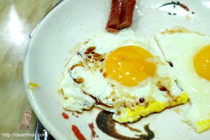 【2014澳門一日吃八餐】新榮記咖啡豆腐美食~來吃吃道地的早餐吧
