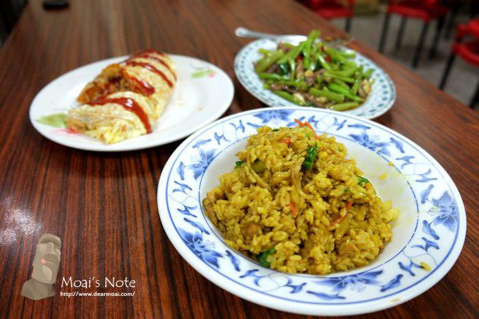 【台中市南區】夜夜見來蛋包飯~夜市中的銅板滿腹小吃