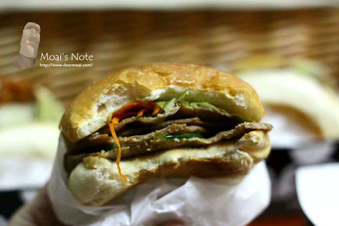 【台中市西區】傻子漢堡Pash Burger~台中市數一數二知名好吃的漢堡(吧)