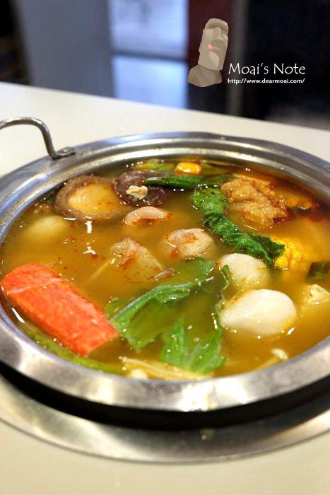 【台中市西區】阿官火鍋專家~平價選擇多的彭湃小火鍋