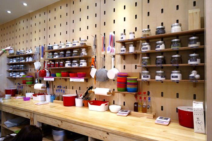 【台中市西屯區】自己做烘焙聚樂部~什麼都自己來之超好玩DIY親手做甜點