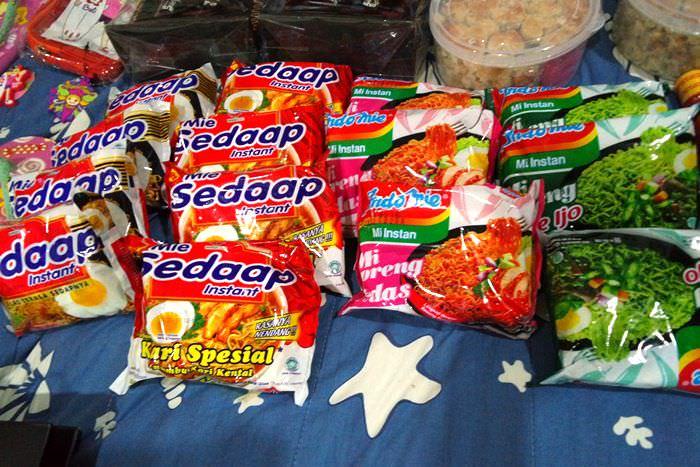 【2015慵懶峇里島】峇里島超市真好買~牙膏辣醬都是必買不要放他走