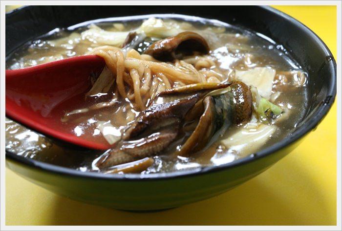 【高雄市苓雅區】輝哥鱔魚花枝意麵~在地人的彭湃晚餐