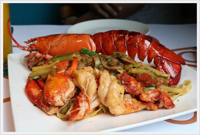 【台中市南屯區】二訪PINOCOCO 皮諾可可義式餐廳~龍蝦義大利麵整隻上桌