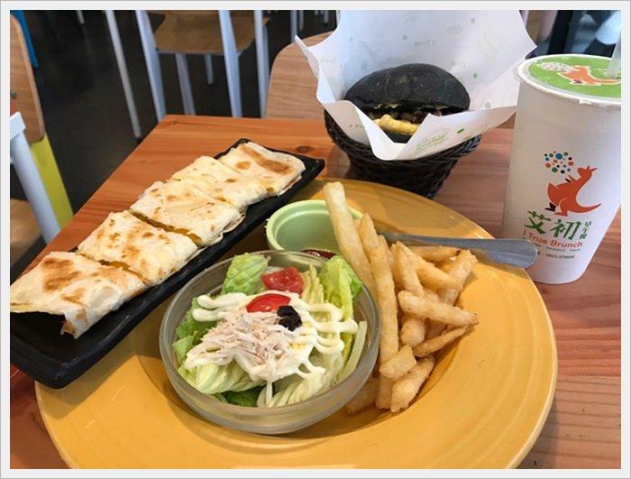 【台中市南屯區】艾初早午餐~環境乾淨明亮餐點選擇多多