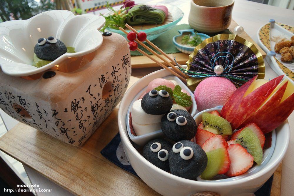 【台中市西屯區】錦小路物語日式定食與超可愛甜點~少女心滿溢的煤炭精靈水果抹茶沾醬鍋