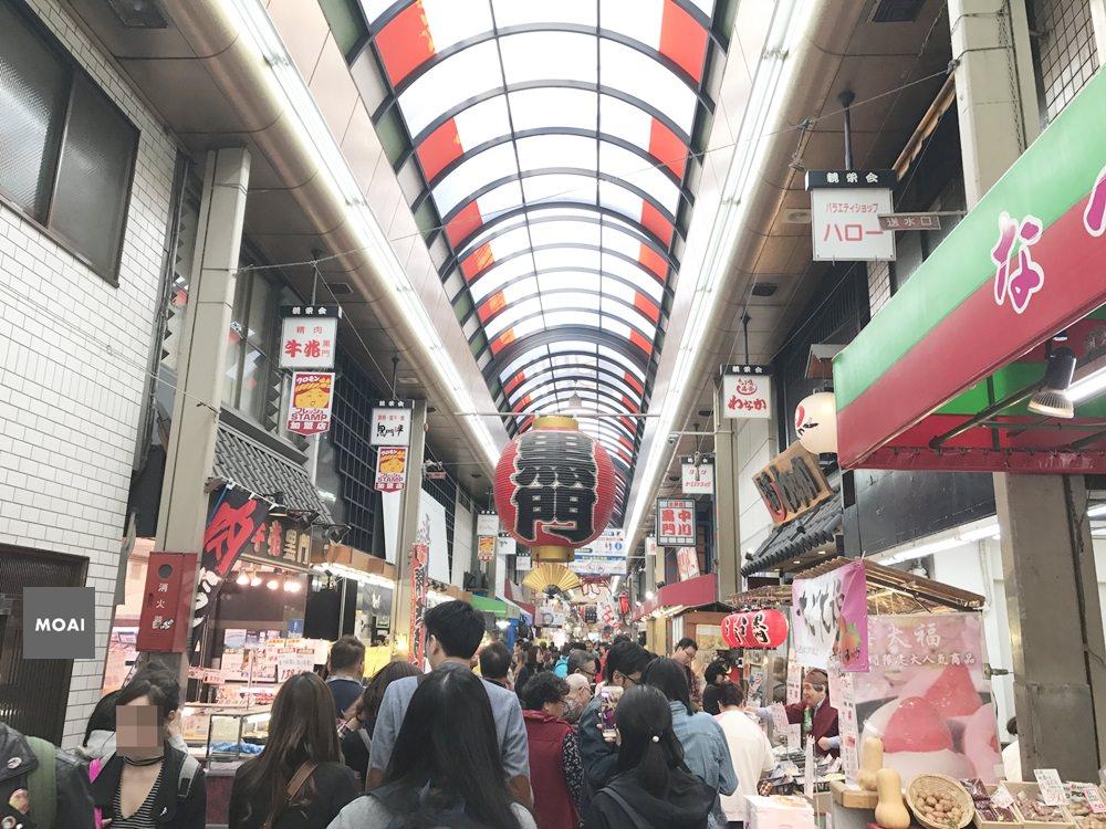【2017大阪自由散策行】世界的廚房黑門市場~必吃必買必逛還有地雷都在這兒了阿!