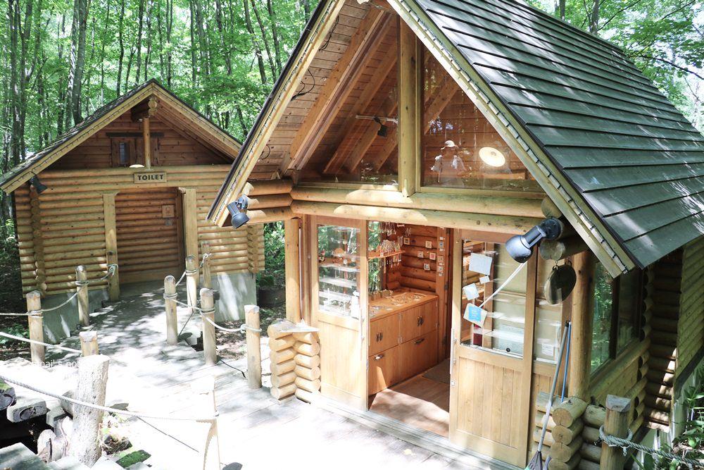 【2018北海道夏日風情畫】北海道富良野‧森林精靈陽台~絕美森林小木屋、手創商品、紀念品手信