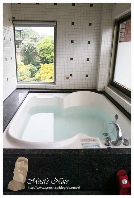 【體驗】烏來湯館溫泉會館~賞星賞螢泡溫泉的夏日風情
