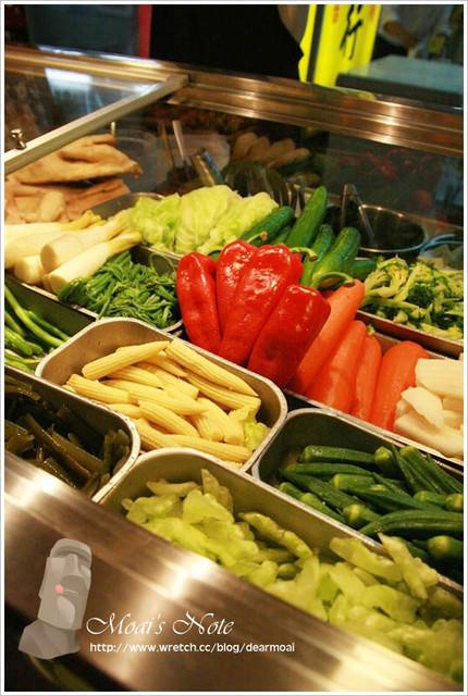 【新北市板橋區】一毛不拔鹽水雞~老闆的良心事業與美味蔬菜