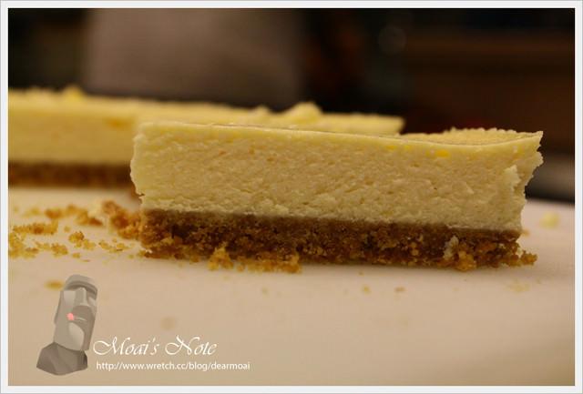【點心】豆酥朋重乳酪蛋糕~出乎意料的超好吃耶!